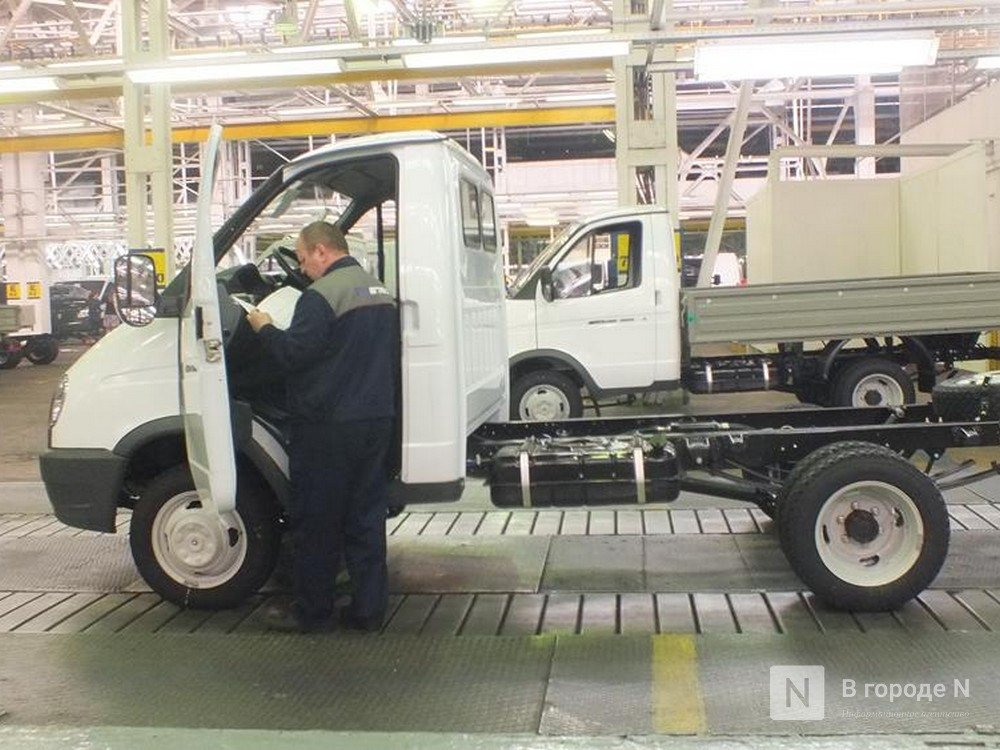 Работников ГАЗа уведомили о переходе на четырехдневную рабочую неделю из-за санкций - фото 1