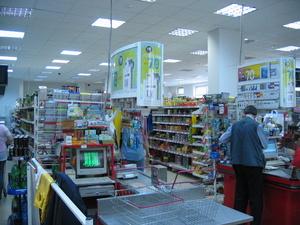 Два рецидивиста обокрали десять продуктовых магазинов в Арзамасе