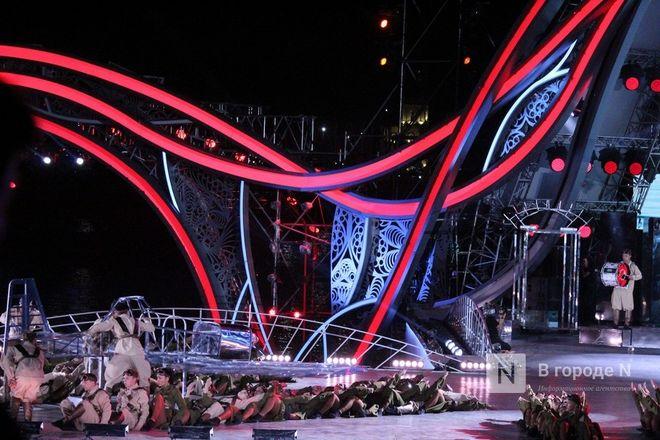 Огонь, вода и звезды эстрады: Как прошло гала-шоу 800-летия Нижнего Новгорода - фото 73