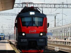 Четыре скоростных поезда из Москвы в Нижний Новгород отменили из-за схода с рельс вагонов