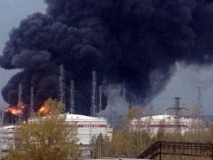 За гибель людей при взрыве на кстовском «Лукойле» будут судить начальника участка и инженера