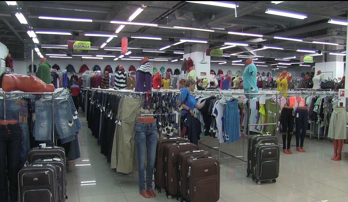 Нижегородский ТЦ продавал контрафактную одежду под известными брендами - фото 1