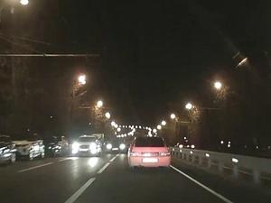 В Нижнем Новгороде несколько экипажей ГАИ преследовали ночного гонщика
