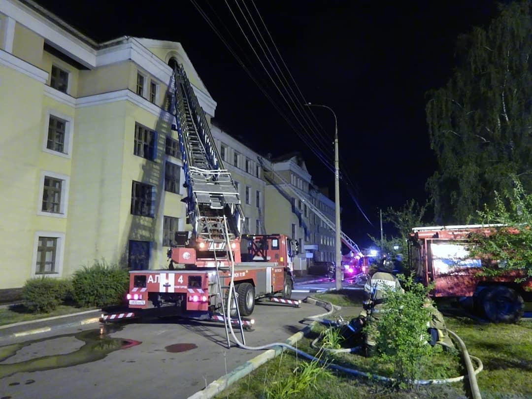 Пожар потушили в общежитии Приволжского медуниверситета - фото 1
