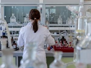 Препарат от коронавируса начал поступать нижегородские аптеки