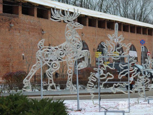 Нижегородский кремль начали украшать к Новому году - фото 8