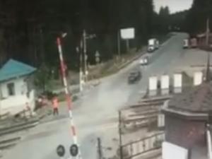 «Форсаж» по-нижегородски: водитель пролетел через переезд, скрываясь от полиции