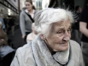Законопроект о повышении пенсионного возраста принят в основном чтении