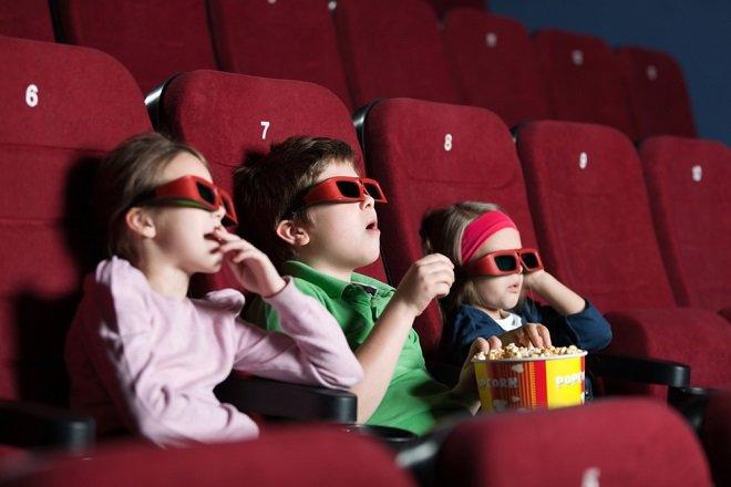 МинкультурыРФ умышленно завышает возрастной ценз на заграничные фильмы