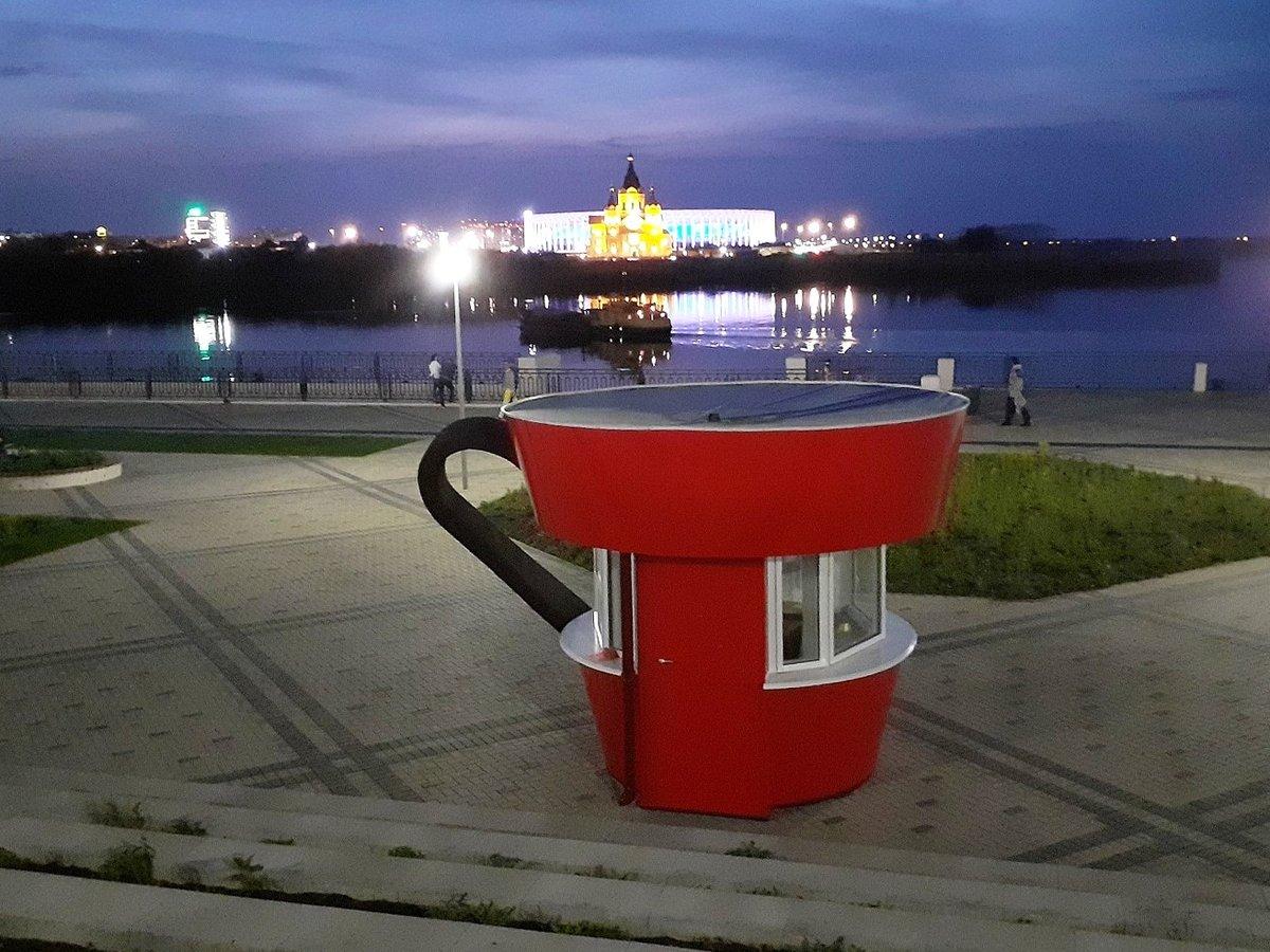 Красную кружку на Нижне-Волжской набережной подвинут ради фонтана - фото 1