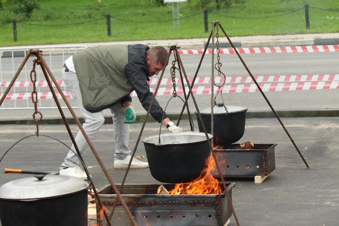 Три вида ухи и лодка в подарок: в Нижнем Новгороде стартовал фестиваль рыбалки - фото 4