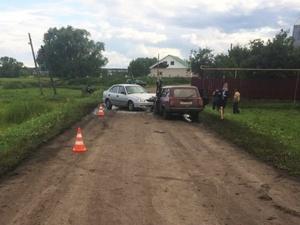 Пятеро человек пострадали после столкновения двух легковушек на «встречке» в Пильнинском районе