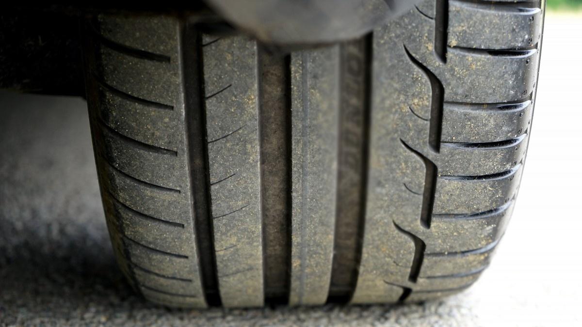 Возрастная велосипедистка получила перелом после встречи с колесом грузовика в Семеновском районе - фото 1